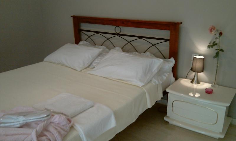 Master bedroom - Patra, vacation flat for family - Patras - rentals