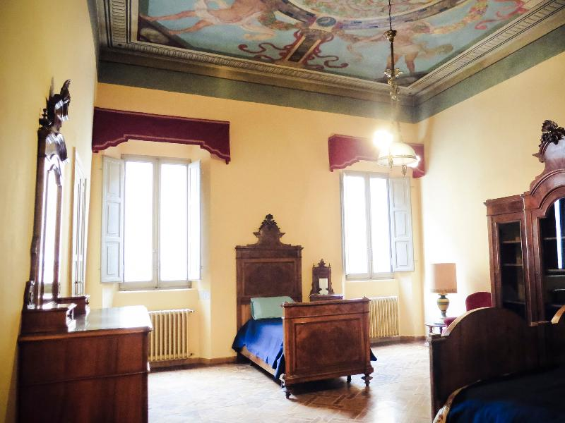 The Frescoed Bedroom - Historical Palace for Musicians - Emilia-Romagna - rentals