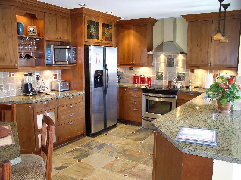 Kitchen - Villa Tortuga- Luxury Beach Condo- Calif Riviera! - Dana Point - rentals