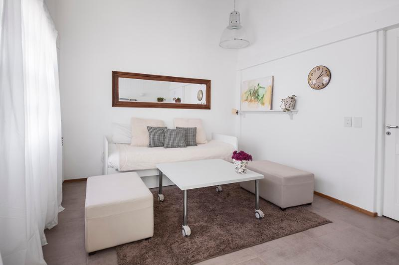 Comfrtable sofa bed - Punta Chica Suite - Luxury private home - Victoria - rentals