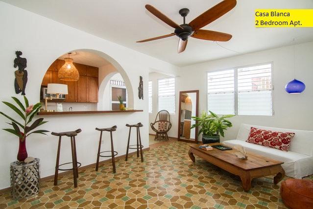 Living area with vintage spanish floor - Casa Blanca | 2 Bedrooms Apartment - San Juan - rentals