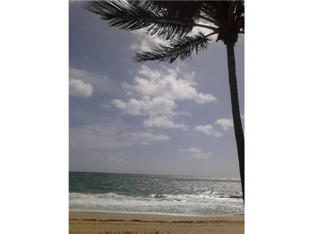 Direct Oceanfront Studio....Spectacular Ocean Views - Image 1 - Lauderdale by the Sea - rentals
