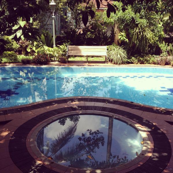 Swimming Pool and Spa - Beautiful Tropical Villa - 'BougainVilla' - Colombo - rentals