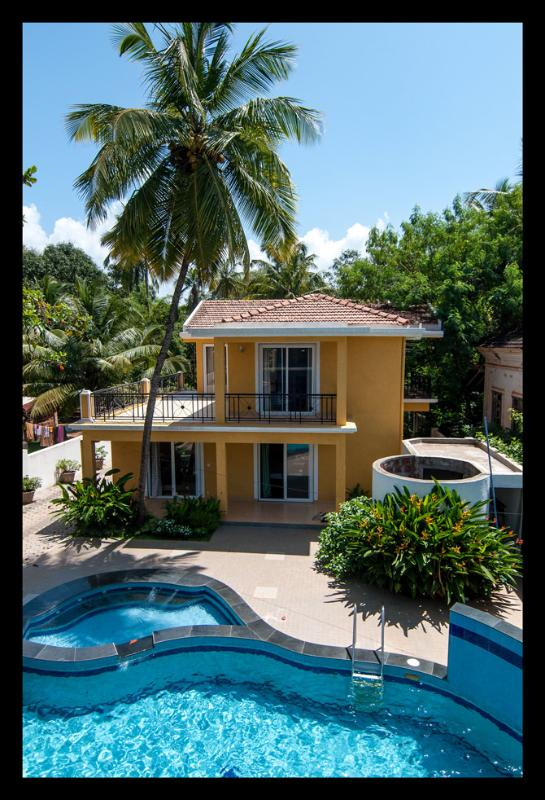 Yellow Villa - 3BHK Luxury Villa in Candolim - Candolim - rentals