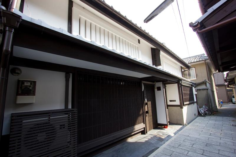 120 year-old Historic House with Modern Comforts - Image 1 - Kyoto - rentals