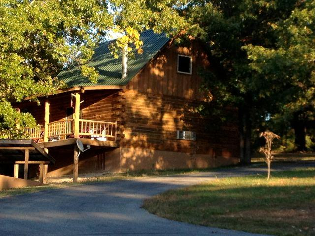 Family Cabin Early Summer Evening - Wild Plum ~ Family Cabin - Eureka Springs - rentals