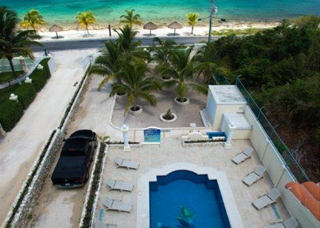 Amazing Views from Rooftop Balcony - Las Uvas II Brand New Three bedroom in Paradise! - Cozumel - rentals
