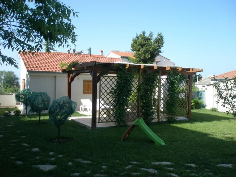 House and a garden - House with garden perfect for a family holiday - Split - rentals