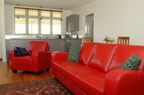 Lounge area - Ashwell Cottage - Wairarapa - rentals