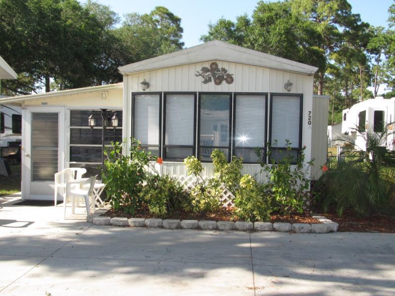 Sun n Fun   Sarasota Fl. park model    $59 to $89 - Image 1 - Sarasota - rentals