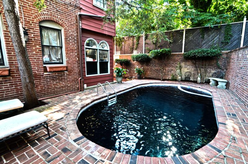 Pool - Swimming Pool! * Capitol Hill, Unbeatable Location - Washington DC - rentals