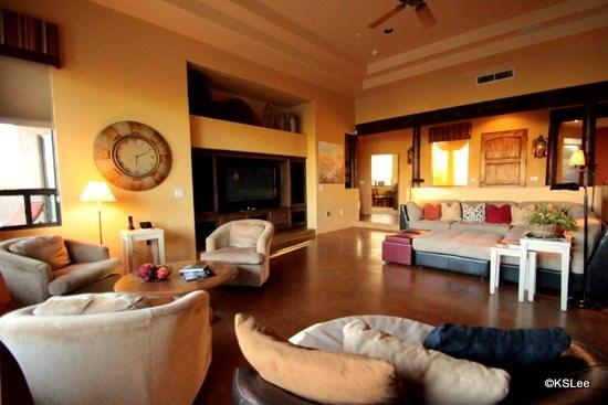 Great room with 60 inch flat screen TV and surround sound - Spacious Private Home at Reflection Ridge in Oro Valley - Oro Valley - rentals