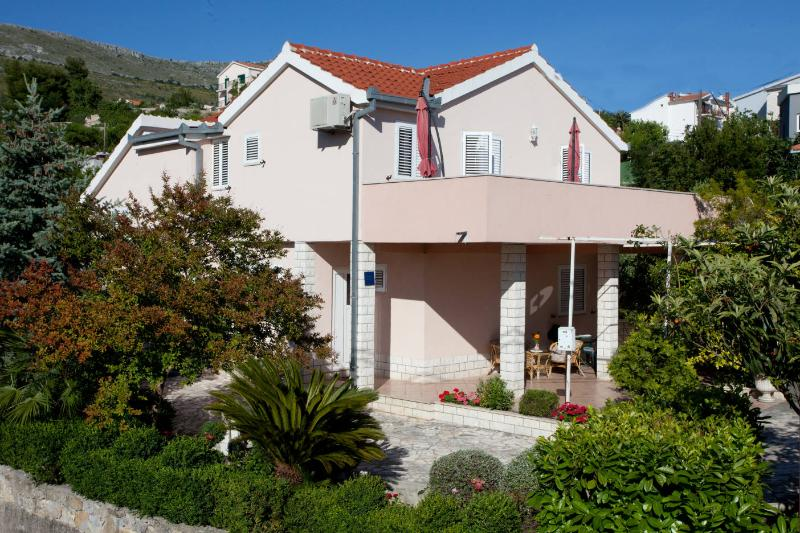 House with a garden,few steps away from the beach - Image 1 - Podstrana - rentals