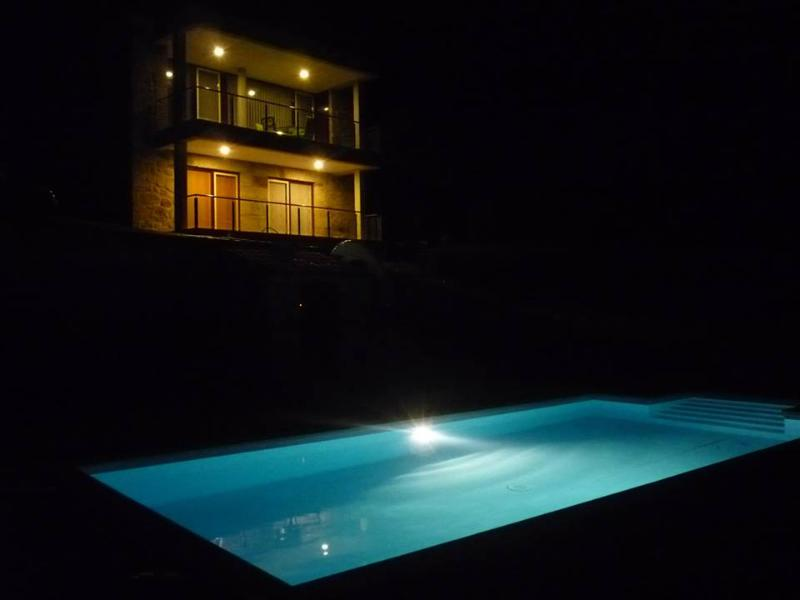 Luxury House   Jacuzzi and private pool - Image 1 - Caldelas - rentals