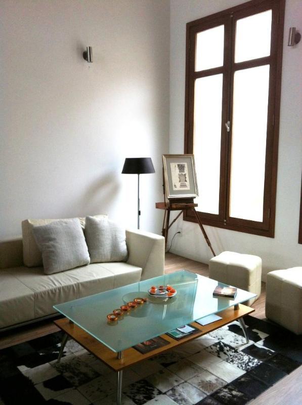 Stunningly Restored 2 Bdr Apt 104 /BBQ & Terrace - Image 1 - Montevideo - rentals