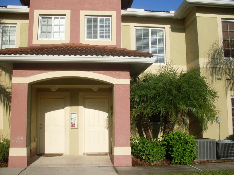 Vacation Townhouse at Stoneybrook Gateway - Image 1 - Fort Myers - rentals