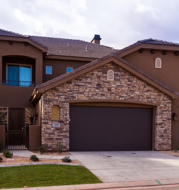 Front of House - Amazing New 5 bed, 4 bath Townhome in Coral Ridge - On the Coral Canyon Golf course with private hot tub - Saint George - rentals