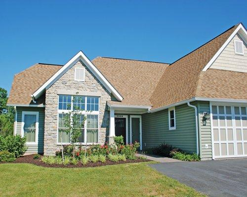 Front Entrance - Beautiful Premier Four-Season Resort - McGaheysville - rentals