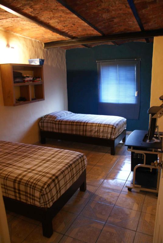 Habitaciones limpias y agradables - Casa La Bici, hospedaje B&B - Zapopan - rentals