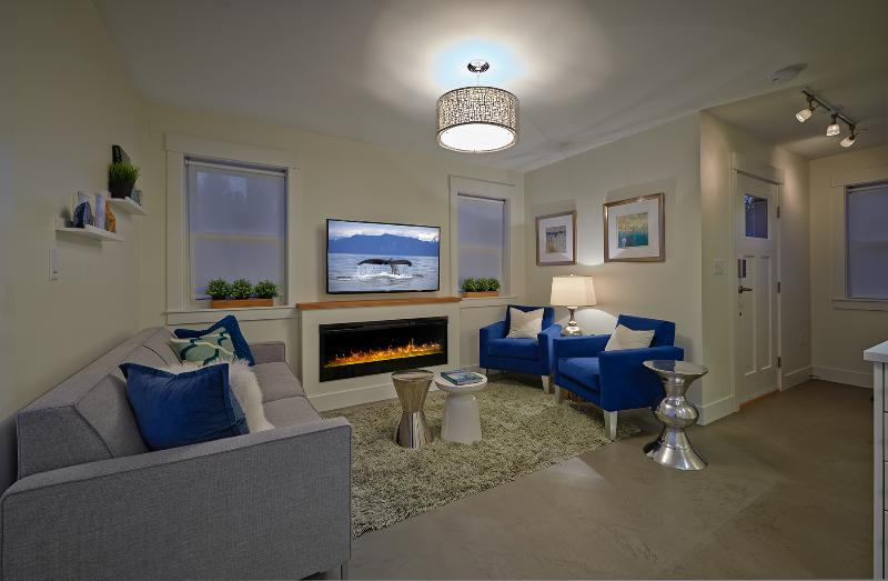 Welcome to Blue Oak - Blue Oak Coach House - Certificate of Excellence - Vancouver - rentals
