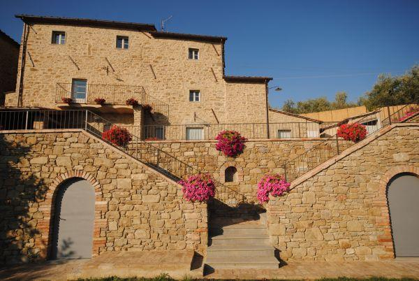 Villa Near Cortona with a Private Pool - Villa Filippo - Image 1 - Pergo di Cortona - rentals