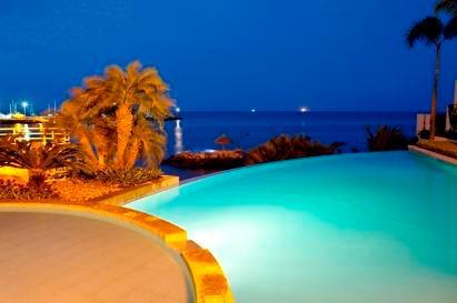 Pool - 3 Bedroom Luxury Condo  Beachfront Salinas - Salinas - rentals