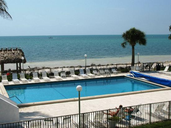 View from Balcony - Ocean Front Condo - Lovely View - Marathon - rentals