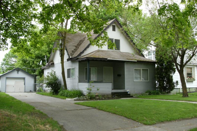 Front of house - CDA  Shaddy Rest - Coeur d'Alene - rentals