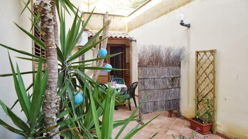 Casa Santulì -near the Valley of Temples. FREE parking.... - Image 1 - Agrigento - rentals