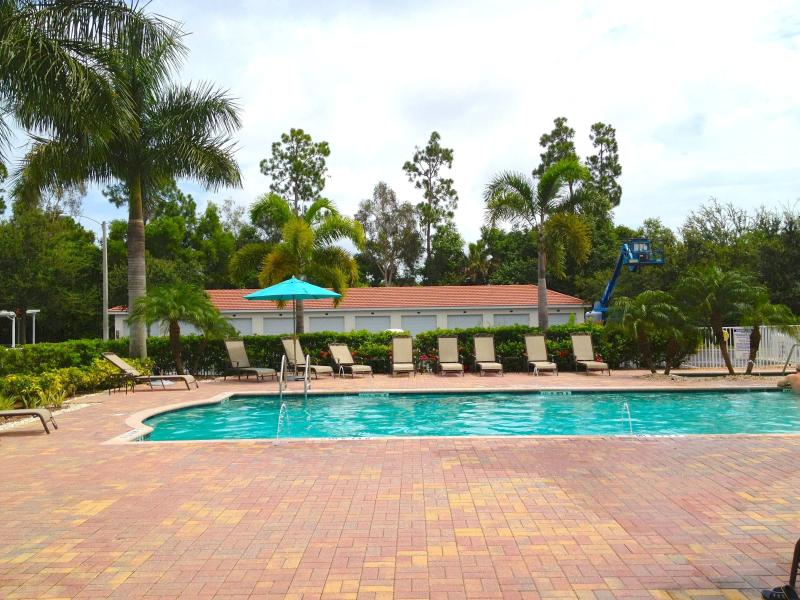 Lux 3BR condo minutes from 5th Ave. Naples Florida - Image 1 - Naples - rentals