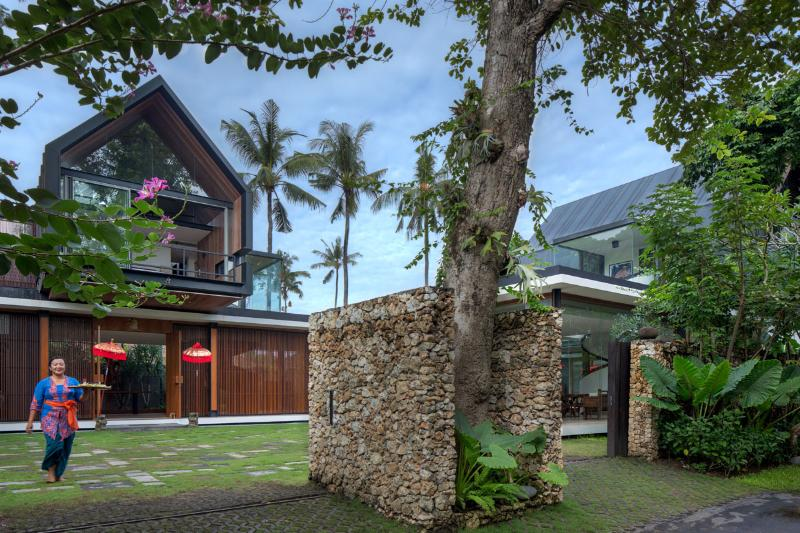 Welcome to Svarga Residence - SVARGA  RESIDENCE: Luxurious Central Villa, 50 met - Sanur - rentals