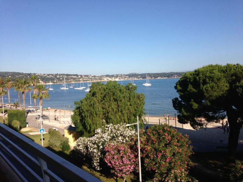 seafront from the terrace - 2 Bedroom Bandol Apartment Rental by the Sea - Bandol - rentals