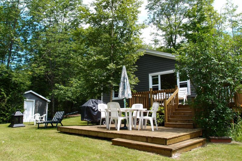 Chalet at the Brompton Lake - Image 1 - Saint-Denis-de-Brompton - rentals