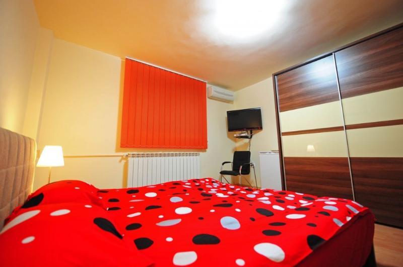 Accommodation Villa in Downtown Bucharest - Image 1 - Bucharest - rentals