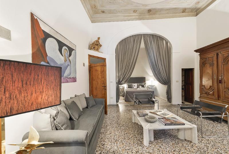 1641 - Image 1 - Florence - rentals