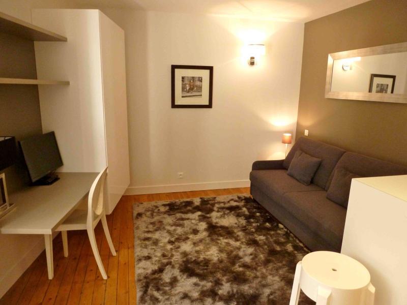 Prestige furnished studio - Image 1 - Bordeaux - rentals