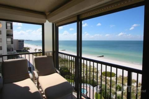 Lounge from the 7th floor private beachfront balcony - 2-701 - Ocean Sands - Madeira Beach - rentals