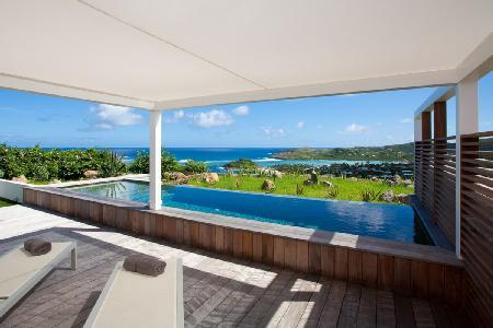 Alphane Villa- modern gem on Marigot Bay with unique views and inifinity pool - Image 1 - Mont Jean - rentals