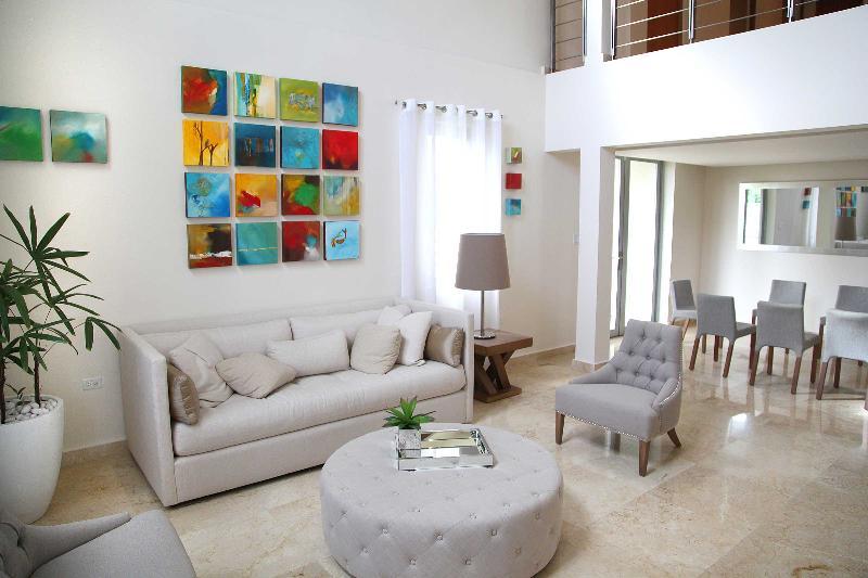 Casa Cacique Walk to the Beach Lux 5BR/5.5bath - Image 1 - San Juan - rentals
