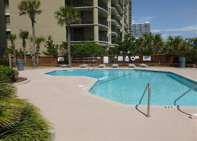 Peaceful Family Friendly Oceanside Rental with a Terrace - Myrtle Beach SC - Image 1 - Myrtle Beach - rentals