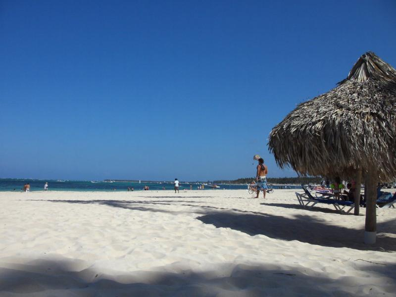 This is our private beach - Punta Cana, Los Corales, Condo right on the beach - Bavaro - rentals