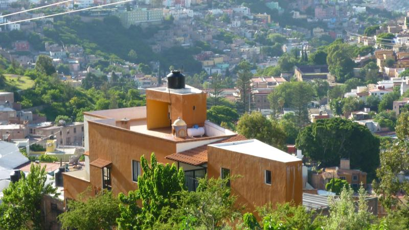 NEW BIG FULLY EQUIPPED APARTMENT - Image 1 - Guanajuato - rentals