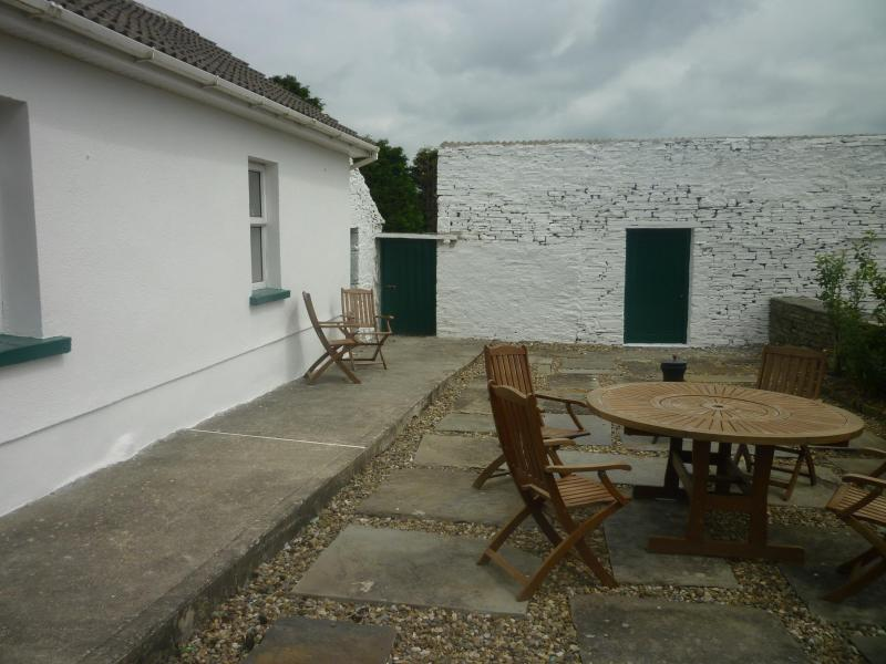 Patio - Country Cottage - Northern Ireland - rentals