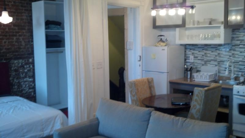 pre war studio apartment - Image 1 - Brooklyn - rentals
