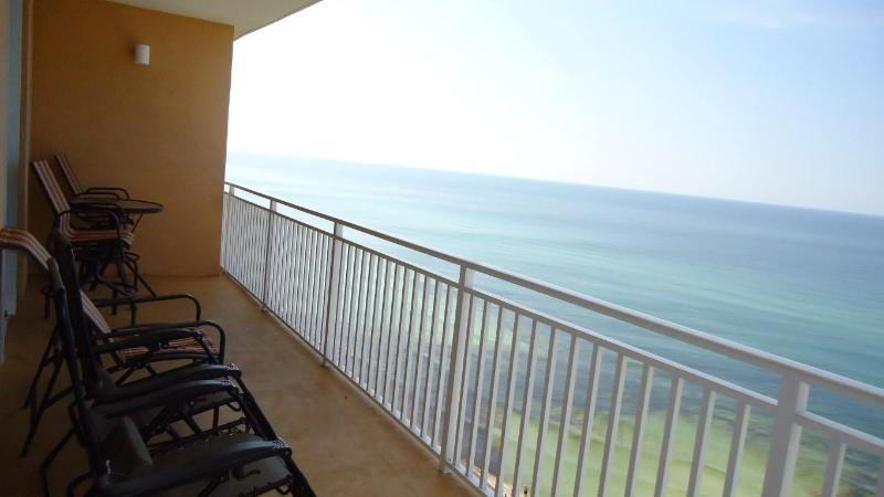BEACH FRONT! FAMILY FRIENDLY! SPLASH 1106E 2BR/BTH - Image 1 - Panama City Beach - rentals