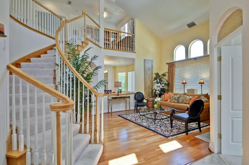 5 bedroom furnished corporate home. - 5Bd+Office, Tuscan Villa Styled Manor - Sunnyvale - rentals