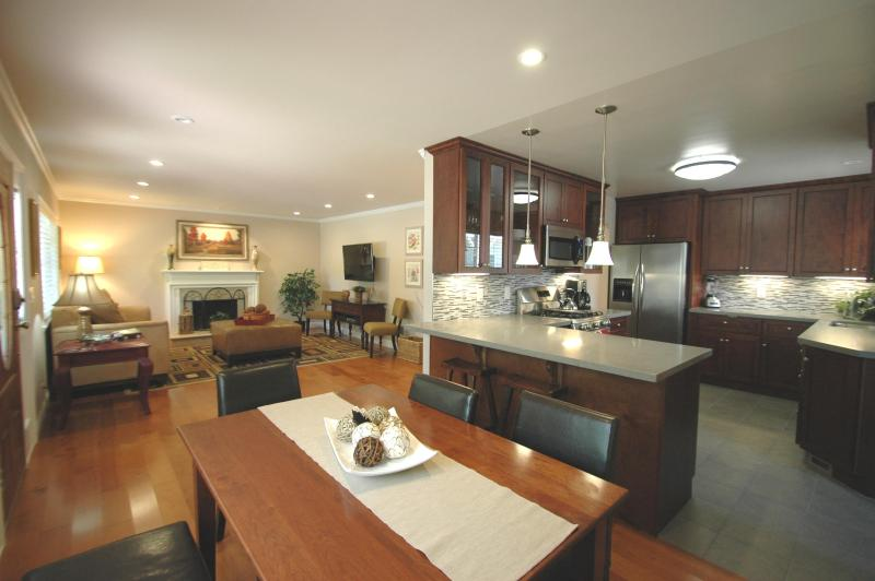 4 bedroom furnished corporate housing near Stanford - Menlo Park Exec Retreat, 4Bd/2b + Dettached Office - Menlo Park - rentals