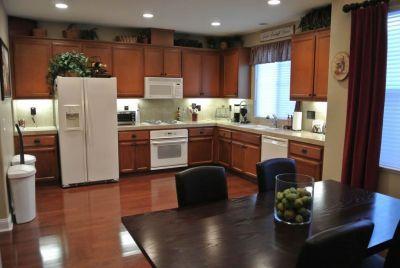 "Kitchen - 3Bd/3.5b ""Tech Style"" Near Levi Stadium - Santa Clara - rentals"