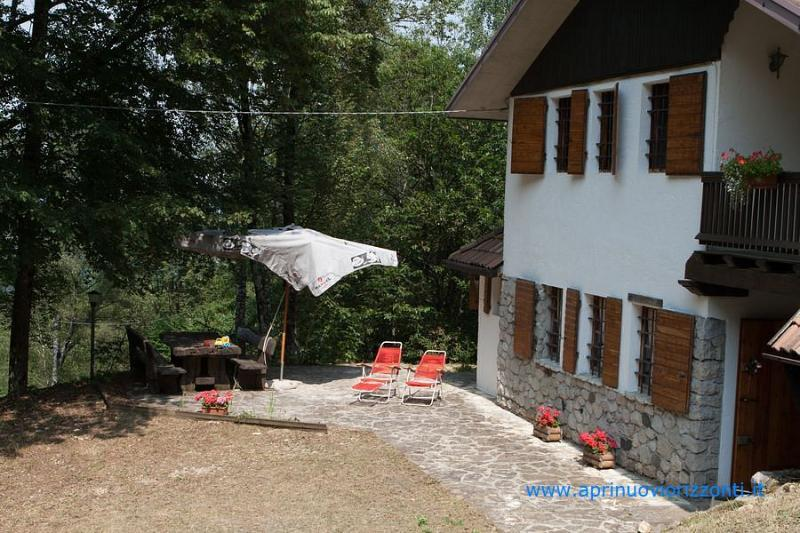 Outdoor view - Pretty cottage surrounded by nature of Dolomites - Villalta di Gazzo - rentals
