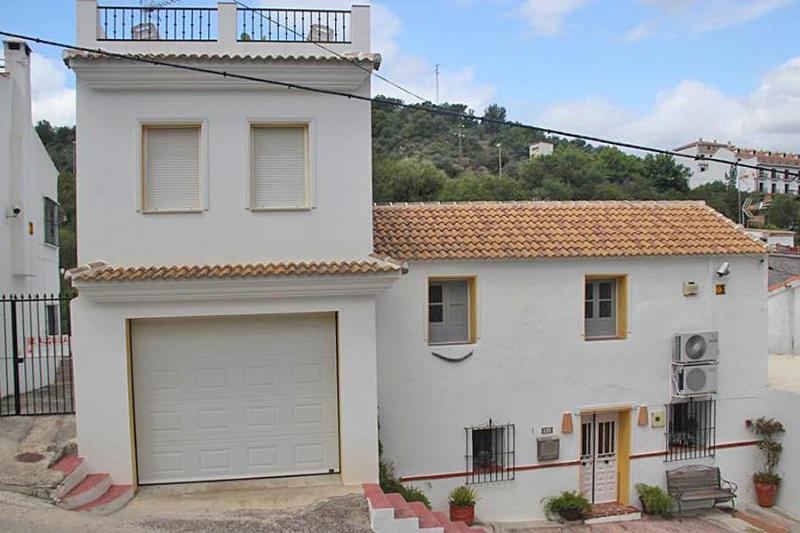 Front - Casa la Cascada - Guaro - rentals